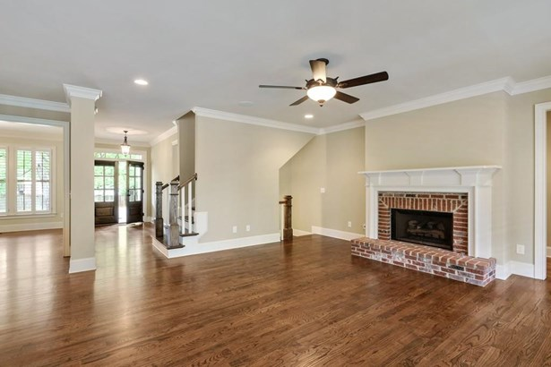 250 Mountain View Road Nw, Marietta, GA - USA (photo 5)