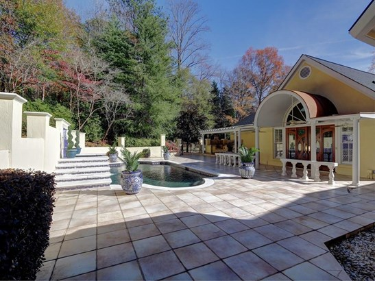 4727 Maple Brook Se, Marietta, GA - USA (photo 2)