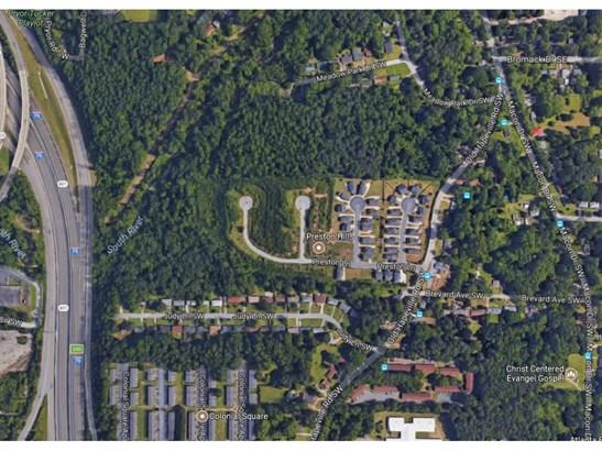 257 Preston Lane Sw, Atlanta, GA - USA (photo 2)