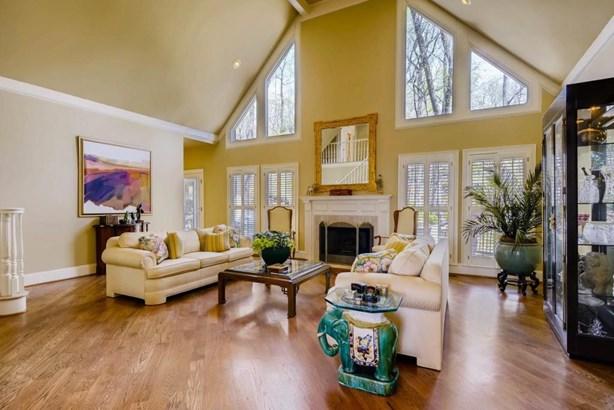 645 Brisbaine Manor, Alpharetta, GA - USA (photo 4)