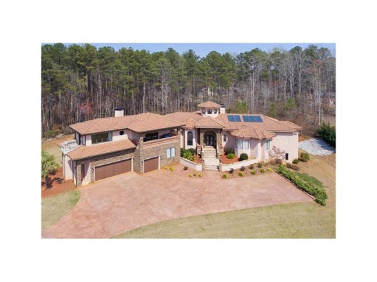 6446 Lily Trail, Fairburn, GA - USA (photo 1)