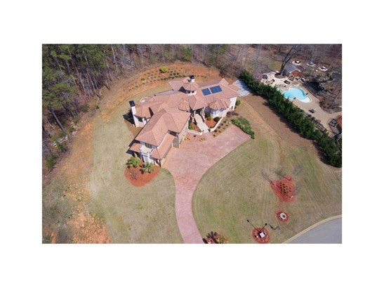 6446 Lily Trail, Fairburn, GA - USA (photo 2)