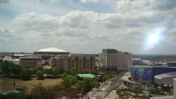 285 Centennial Olympic Park Drive 1504, Atlanta, GA - USA (photo 3)