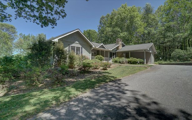 9750 Blue Ridge Hwy, Blairsville, GA - USA (photo 2)