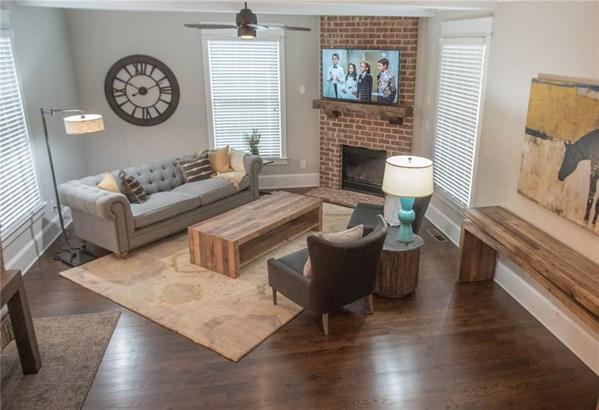 754 Kirkwood Avenue Se 754, Atlanta, GA - USA (photo 3)