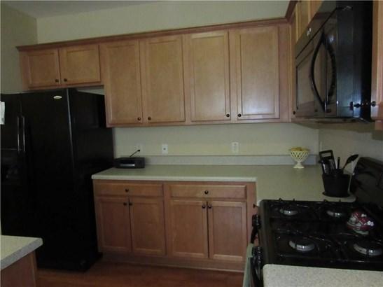 5669 Cobblestone Creek Place 12, Mableton, GA - USA (photo 5)