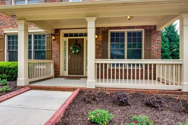 646 Village Manor Place, Suwanee, GA - USA (photo 4)