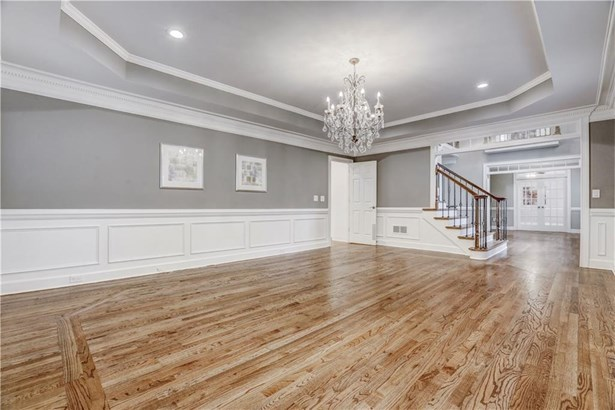 2875 Stoneglen Close, Roswell, GA - USA (photo 4)