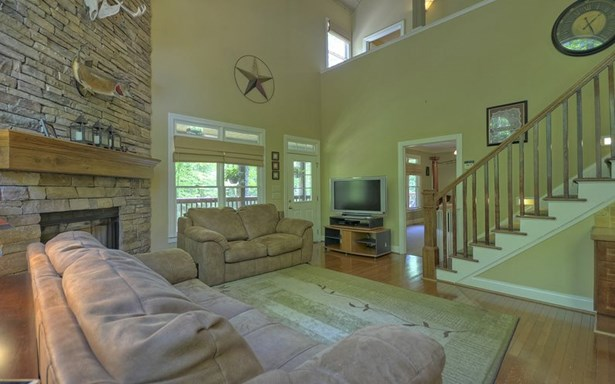 228 Anna Way, Ellijay, GA - USA (photo 4)