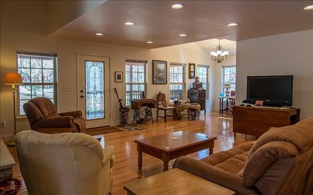 182 Oak Hills Drive, Morganton, GA - USA (photo 2)
