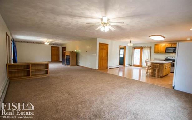 110 Oak Ridge Lane, Mill Hall, PA - USA (photo 3)