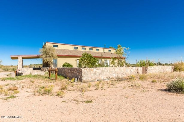 House, Contemporary,Southwestern - Chaparral, NM