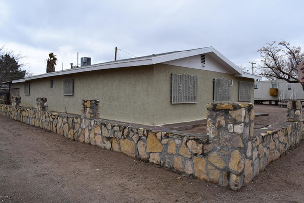 Contemporary, House - Anthony, NM (photo 1)
