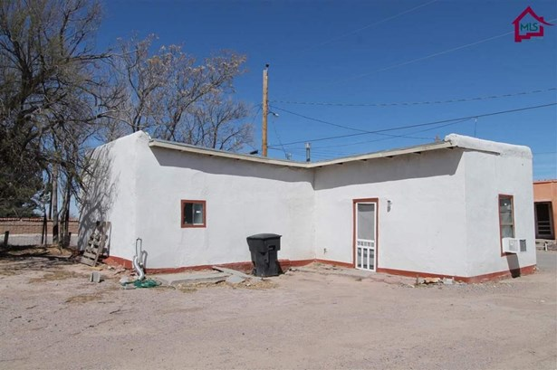 House - Hatch, NM (photo 1)