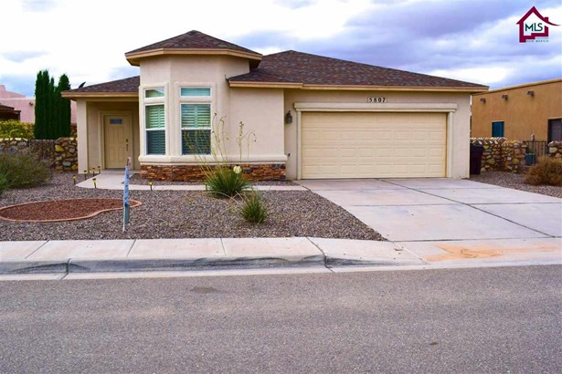Contemporary, House - SANTA TERESA, NM (photo 1)