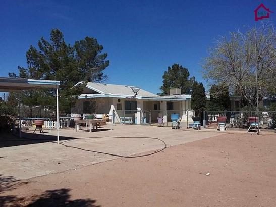 House - Chaparral, NM (photo 1)