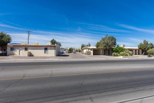 Apartment Complex - Las Cruces, NM (photo 1)