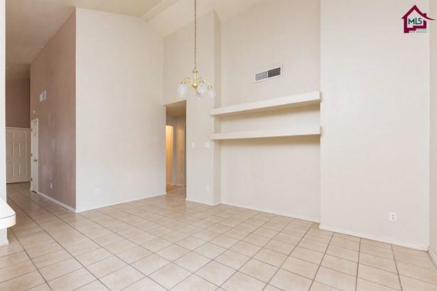 Contemporary, House - SANTA TERESA, NM (photo 4)