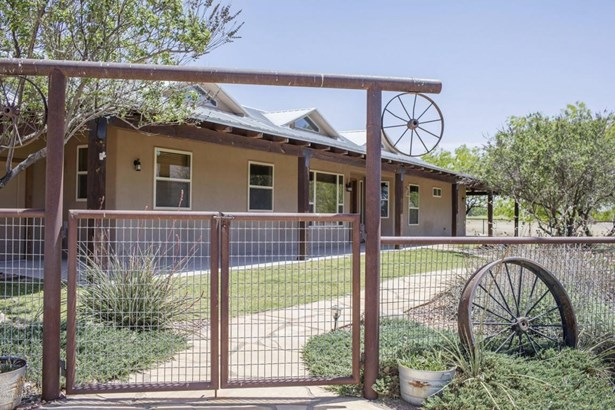 Ranch, House - Las Cruces, NM (photo 2)