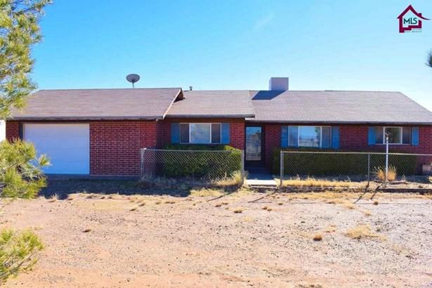 House - Chaparral, NM (photo 2)