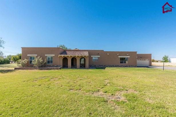 House - Anthony, NM (photo 2)
