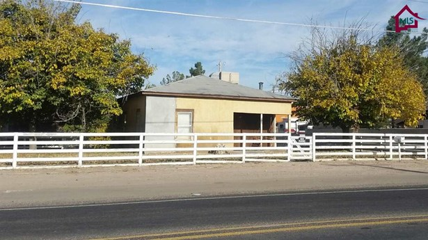 See Public Info, House - LAS CRUCES, NM (photo 1)