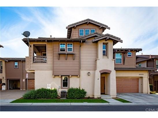 Condominium, Contemporary - Murrieta, CA