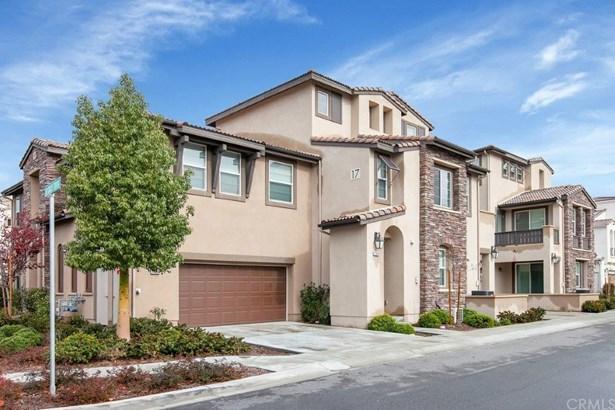 Condominium - Temecula, CA