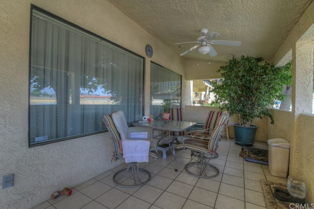Townhouse - Hemet, CA (photo 4)