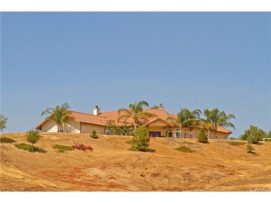 Single Family Residence, Custom Built - Temecula, CA (photo 3)