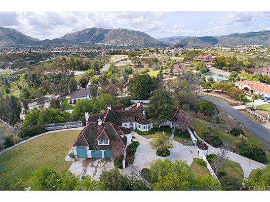 French, Single Family Residence - Temecula, CA (photo 5)