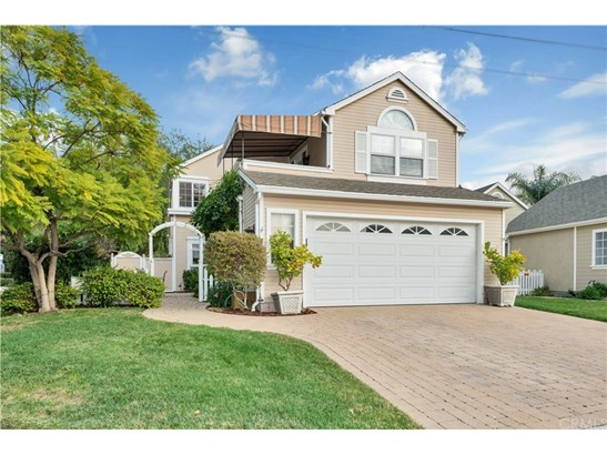 Cape Cod, Single Family Residence - Mission Viejo, CA (photo 1)