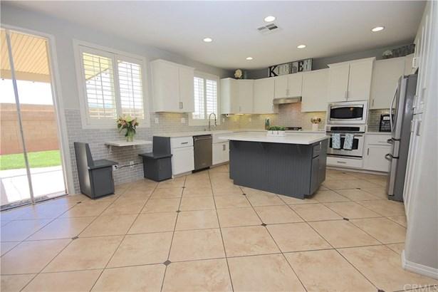 Mediterranean, Single Family Residence - Winchester, CA