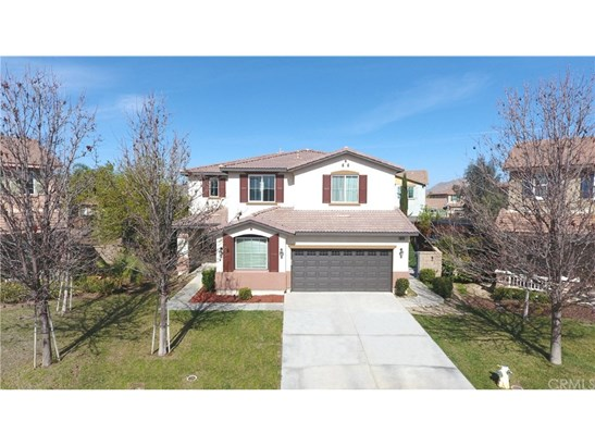 Single Family Residence, Traditional - Menifee, CA (photo 1)