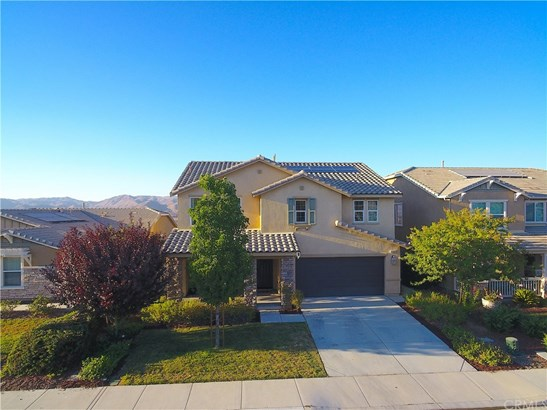 Single Family Residence, Traditional - Lake Elsinore, CA