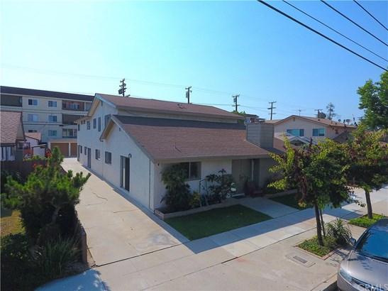 Quadruplex - Long Beach, CA