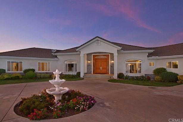 Mediterranean, Single Family Residence - Murrieta, CA (photo 4)