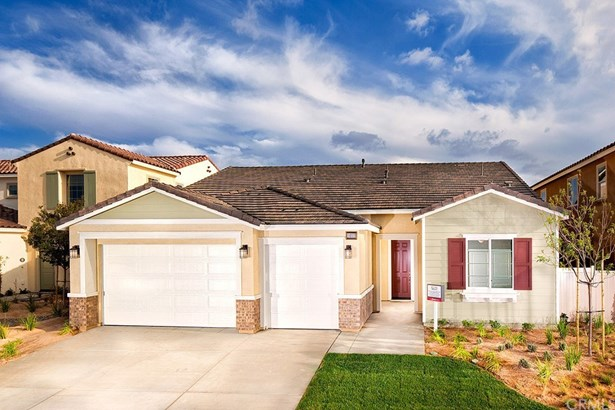 Single Family Residence - Beaumont, CA