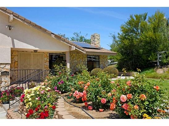 Single Family Residence, Contemporary - Temecula, CA (photo 2)