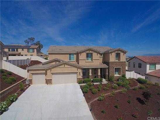 Mediterranean, Single Family Residence - Murrieta, CA