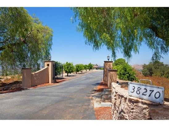 Single Family Residence, Spanish - Temecula, CA (photo 1)