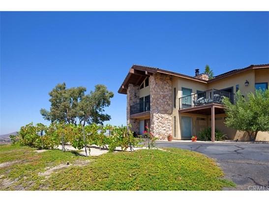 Single Family Residence, Spanish - Temecula, CA (photo 4)