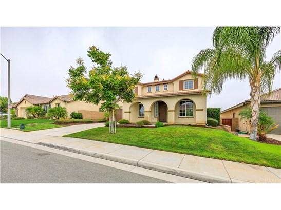 Single Family Residence - Winchester, CA (photo 4)