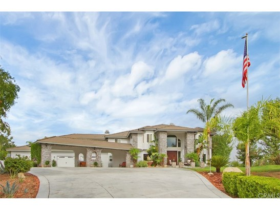 Single Family Residence, Traditional - Temecula, CA (photo 4)