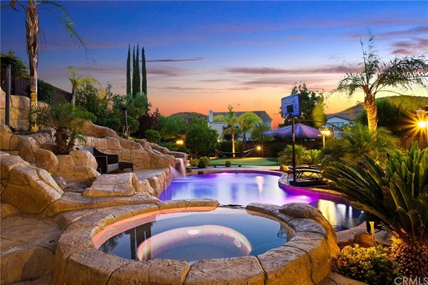 Single Family Residence, Contemporary - Murrieta, CA