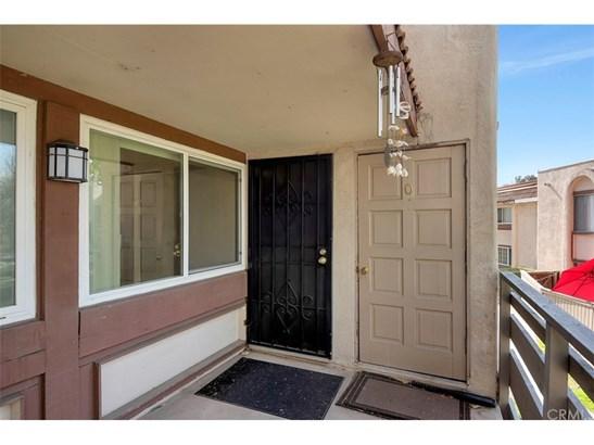 Condominium - Placentia, CA (photo 2)