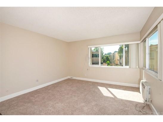 Condominium - Placentia, CA (photo 4)