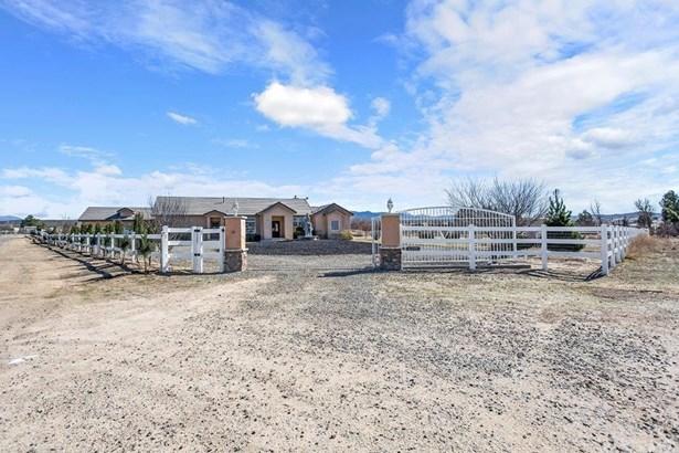 Single Family Residence - Aguanga, CA (photo 1)