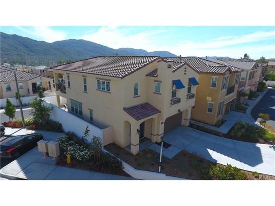 Condominium, Traditional - Temecula, CA (photo 3)