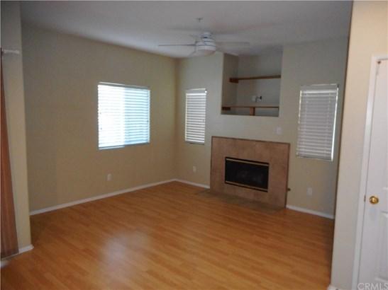 Condominium - Murrieta, CA (photo 3)